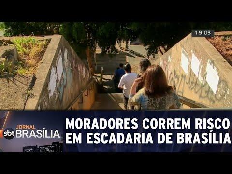 Pessoas correm risco ao passar por escadaria | Jornal SBT Brasília 31/08/2018