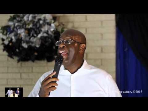 Comedian Edwin Douglas, 2015 480p