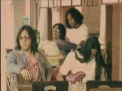 Naif - Benci Untuk Mencinta (Official Lyric Video)
