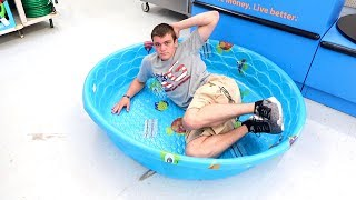 I BOUGHT THE BIGGEST POOL THEY HAD!