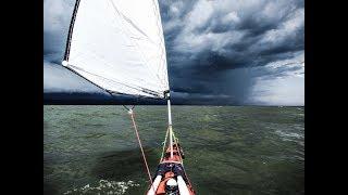 видео Hobie Mirage Adventure Island - парусный каяк-тримаран с педальным приводом