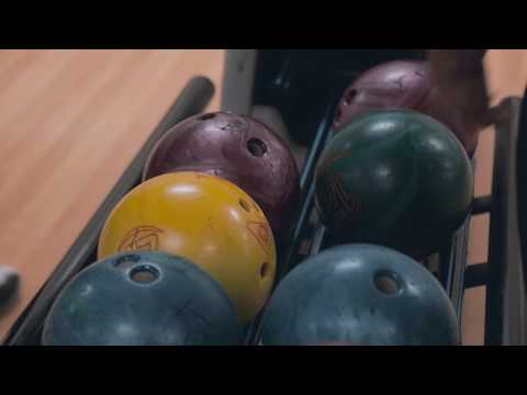 Creative Dreams - Bowling