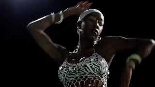 Красивый восточный танец в исполнении африканки Belly dance(Красивый восточный танец в исполнении африканки. Belly dance не просто красивый удивительный танец, это еще..., 2015-07-02T17:34:46.000Z)