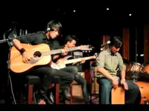 trias acustica - akang haji (cover).mpg