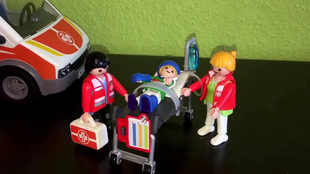 playmobil ambulance 6685