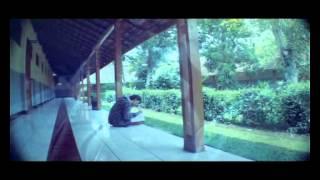 Смотреть клип Glenn Fredly - Untuk Sebuah Nama Parodi