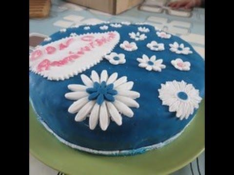 Gâteau D Anniversaire Décor Pâte à Sucre Torta Con