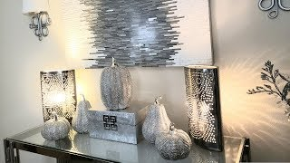 10 Ways To Style Your Entryway Table For Fall   ideas de glam glam #glamfall