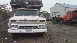 1965 GMC 1 TON horse hauler!