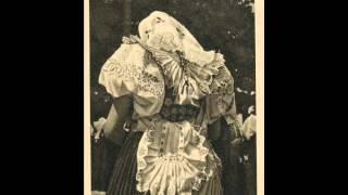 Anna Šatanová - Čo sa v svete deje; Keď som išla cez ten zelený háj (Slovak Folk Songs)