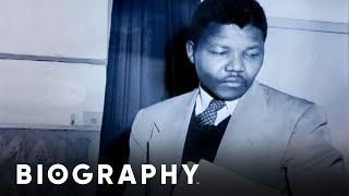 Nelson Mandela - Early Life   Biography