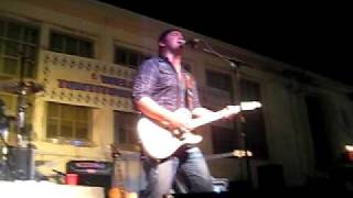 Lee Brice - Picture of Me - Tontitown, AR August 05 2010