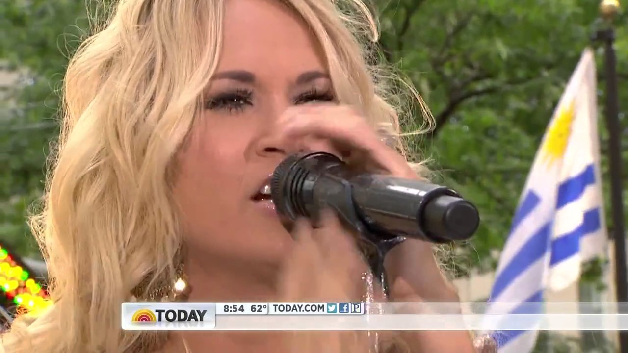 Download Carrie Underwood - Blown Away (Today Show 15. 08. 2012)