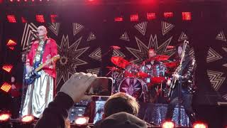 Smashing Pumpkins on Jimmy Kimmel LIVE - Hollywood, CA 12/11/2018