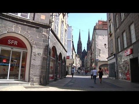 Le centre ville de clermont ferrand vid de ses touristes cause de la chaleur youtube - Aquilus piscine clermont ferrand ...