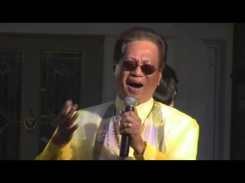 Attorney Roman P. Mosqueda Sings at Pistahan SA CBS Studios Center in Studio City