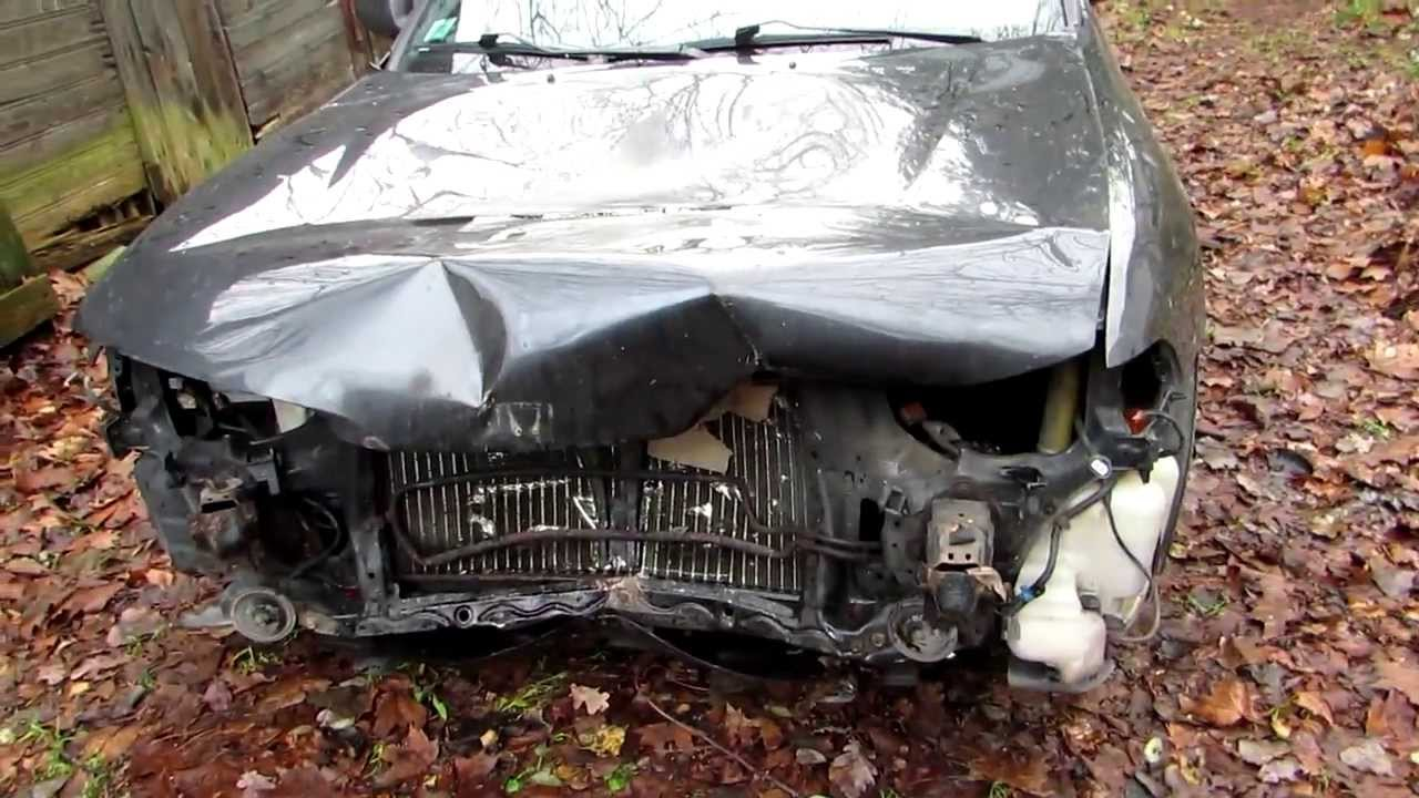 Honda Accord after crash with wild boar - YouTube