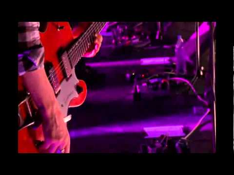 Broken Social Scene - Guilty Cubicles & Superconnected (For Will Munro) (Terminal 5) mp3