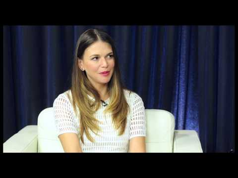Show People with Paul Wontorek Interview: Sutton Foster on ...