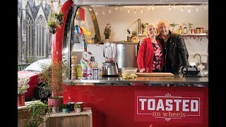Toasted On Wheels - Havermout / Scones met haring / Zoete aardappelnacho's