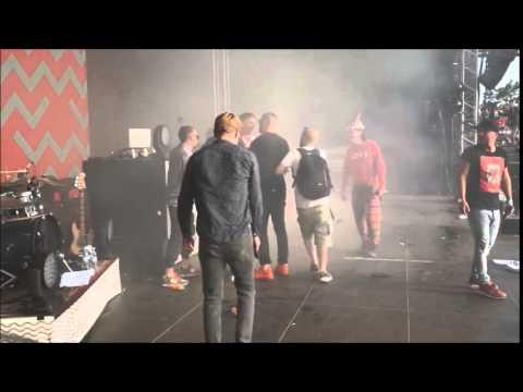 Money Boy stürmt beim Splash die Bühne der Orsons