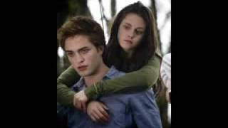 Bella 39 S Lullaby Edward Cullen Twilight River Flows In You By Yiruma