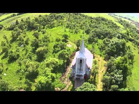 """Biserica """"Sfinții Arhangheli""""   Vultureni"""