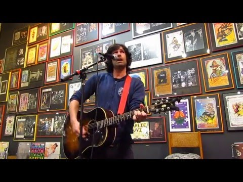 "Pete Yorn live at Twist & Shout ""Just Another"""