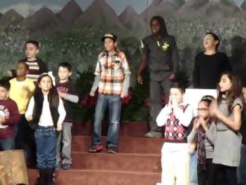 Kings Christian School Christmas Show 2012 (6)