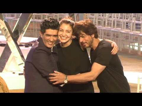 Shahrukh & Anushka's Rare Video Practicing For Manish Malhotra's Fashion Show Mijwan 2017