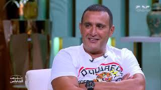 جدعنة أحمد السقا في الشارع.. أنقذ بنتين من الموت