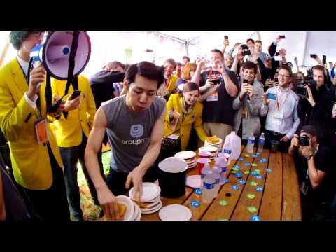 kobayashi-downs-13-grilled-cheese-sandwiches-in-60-seconds