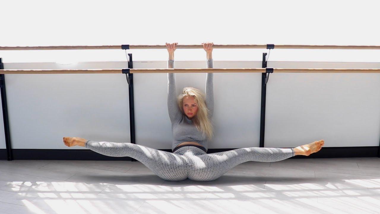 Middle Split. Yoga Poses Training. Gymnastics and Contortion #yoga