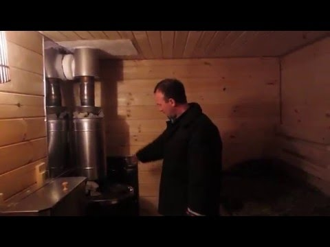 Блондинка в деревне в русской бане