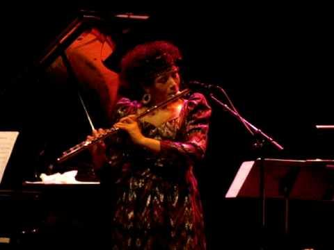 Indigi trio Nicole Mitchell solo flute