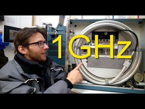 BEB #62: Tektronix 519 Vintage 1GHz Oscilloscope (Part 1)