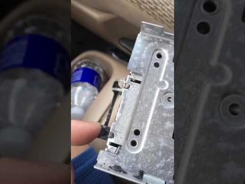 2001 Ford Windstar FAIL stereo removal. locking clips failure