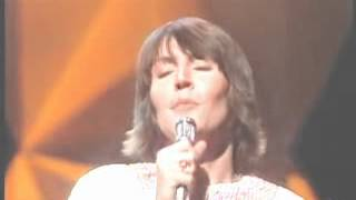 Helen Reddy - Delta Dawn (Midnight Special - Feb 1, 1974)