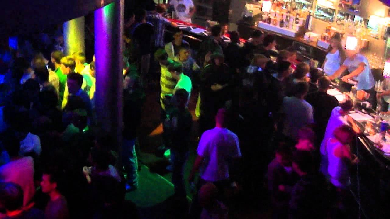 Толпа в клубе фото фото 280-78