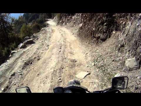 Desending from Lete on the Jomsom section of the Annapurna Trek