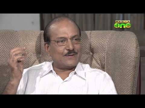 Kunjappayude Perunnal - Mamukoya in chat with minister PK Kunhalikutty 1