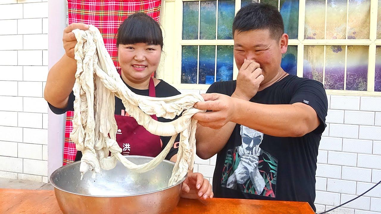 """【陕北霞姐】5斤猪大肠做""""干煸肥肠"""",霞姐炒的一点都不腥,下酒下饭猛香了!"""