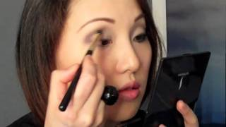 Michelle Williams Oscars 2011 Makeup Tutorial - Real Way vs. A Steal Way Thumbnail