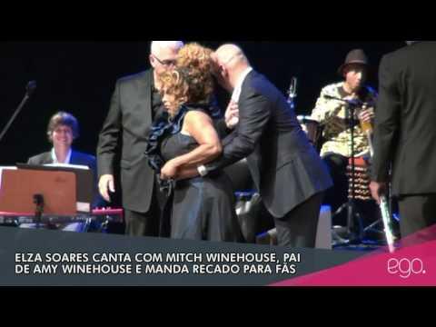 EGO: Elza Soares canta com Mitch Winehouse, pai de Amy
