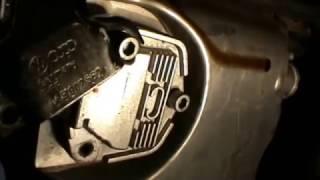 Audi A4 1.8t. Sustituir sensor del nivel y temperatura del aceite. Replace oil level sensor .