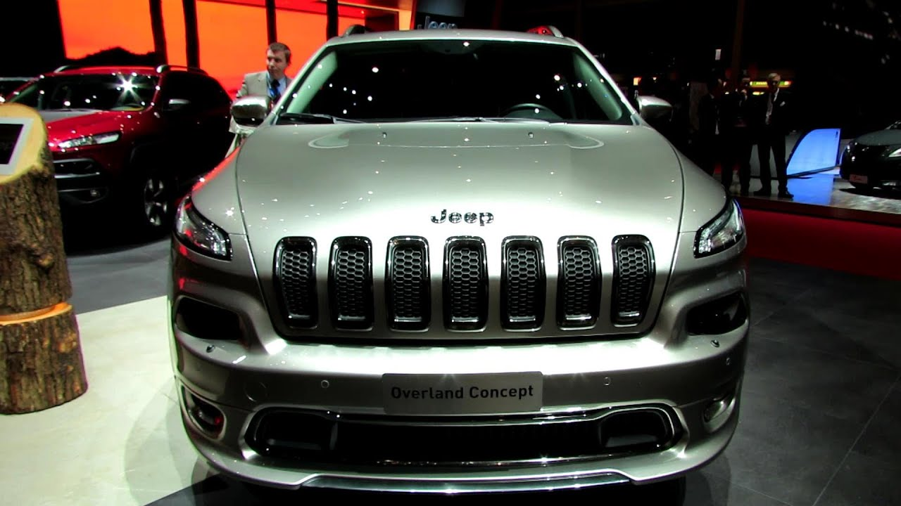 2015 Jeep Cherokee Overland Exterior and Interior Walkaround