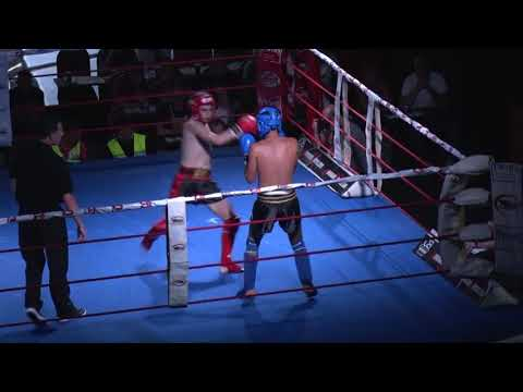 Combate de K1: Agus (Nuksoo Gym) vs Mohamed (Sensei)