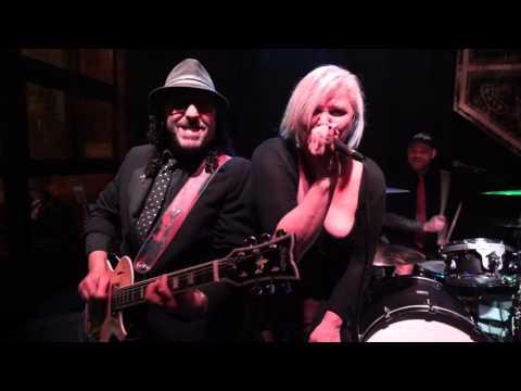 Punk Rock Karaoke Fear I Love Livin In The City