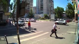 Тестовая видеозапись с IP камер XVI серии 21хх 2Mp улица, день