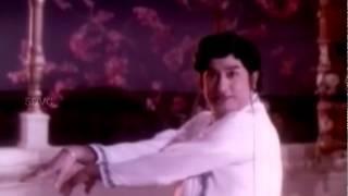 Shivagami Aada Vanthal - Sivaji Ganesan, Jayalalitha - Paattum Bharadhamum - Tamil Classic Song